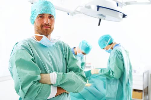 chirurg dziecięcy, polecany chirurg dziecięcy warszawa